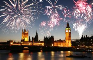 Romantic New Year in London: Fireworks and Cruise on the Thames