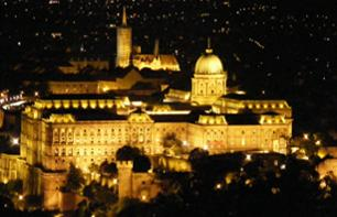 Hungarian Evening: Night-time city tour, traditional dinner & folk performance