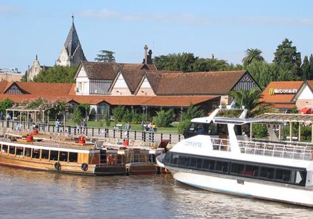 Expérience romantique à Buenos Aires : Excursion à Tigre, croisière sur le Paraná et déjeuner au bord du fleuve image 1