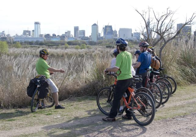 Buenos Aires by Bike: Guided Tour of the Northern Districts image 2