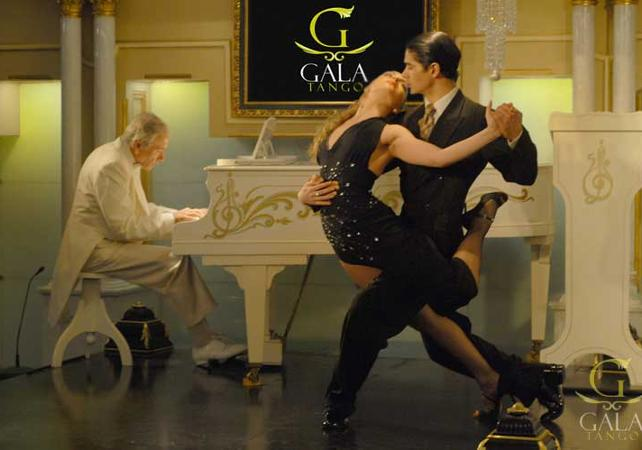 Tango lessons with dinner and a show image 1