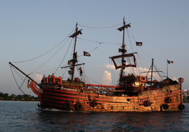 Croisi res en bateau pirate diner spectacle bord d un - Photo de bateau pirate ...