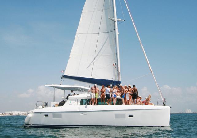 Photo Croisière en Catamaran jusqu'à Isla Mujeres et plongée avec tuba au départ de Cancun