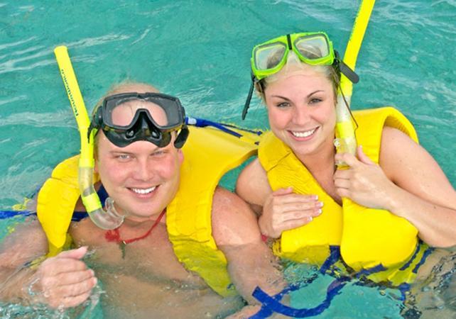 Photo Croisière en bateau sous-marin et plongée avec tuba au départ de Cancun