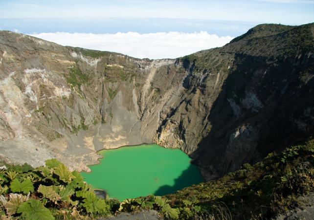 Excursion jusqu'au sommet du volcan Irazú et croisière fluviale au cœur de la jungle - San José (Costa Rica) -