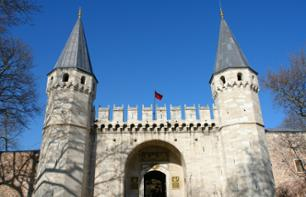 Istanbul guided tour of Ottoman relics: Topkapi Palace and the Rüstem Pasha Mosque
