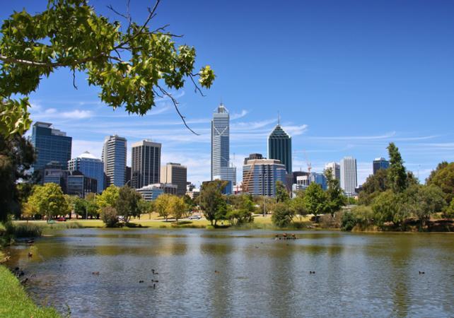 Visite guidée de Perth et croisière sur le fleuve Swan – Une demi-journée image 1