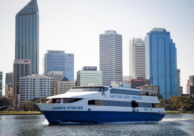 Tour 3 en 1 : visite guidée de Perth, tour de Fremantle en tram et croisière sur le fleuve Swan image 5
