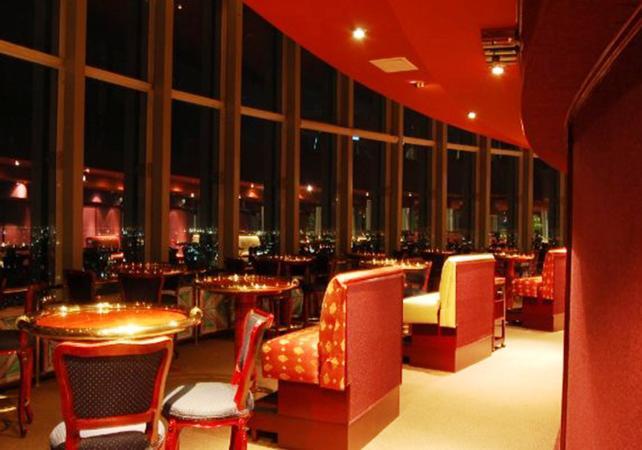 restaurants panoramiques soir e romantique d ner au restaurant panoramique bellini. Black Bedroom Furniture Sets. Home Design Ideas