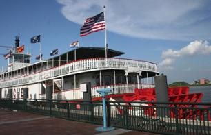 Jazz cruise on the Mississippi and lunch on the Steamboat Natchez