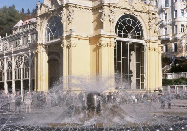 Salir de la ciudad,Excursión a Karlovy Vary,Karlovy Vary + Marianske Lazne