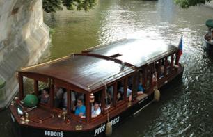 Prague's Venice: Cruise on the Vltava with a drink included