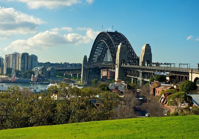 Visite guidée de Sydney et de Bondi Beach - Tour en minibus et à pied image 3