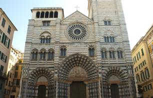 Guided Walking Tour of the Historic Centre of Genoa and Visit to Strada Nuova Museums