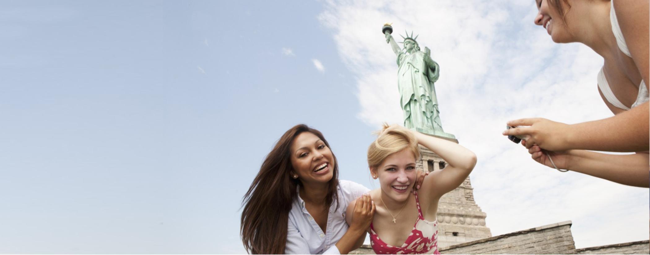 Ver la ciudad,City tours,Tickets, museos, atracciones,Tickets, museums, attractions,Entradas a atracciones principales,Major attractions tickets,Estatua de la Libertad y crucero a Ellis Island,Statue of Liberty and Ellis Island Cruises,Crucero + Entrada
