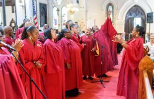 Guided Walking Tour of Harlem and Gospel Concert in a Church