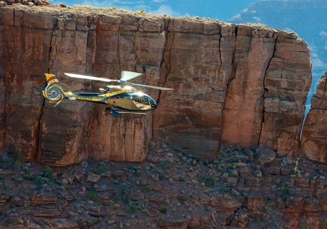 Photo Survol en hélicoptère : Grand Canyon, barrage Hoover et Las Vegas + Skywalk