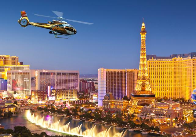 Photo Survol en hélicoptère : Las Vegas en soirée