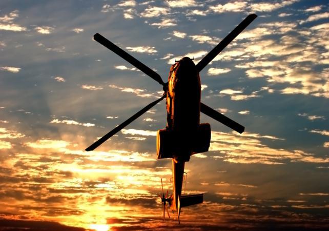 Dans la peau d'un paparazzi : survol des maisons de stars en hélicoptère – départ/retour hôtel - Los Angeles - Ceetiz