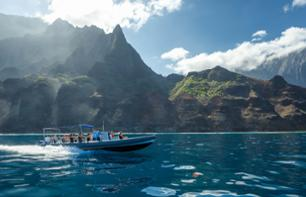 Zodiac cruise, discovery of the Na'Pali coast and snorkeling - Kauai