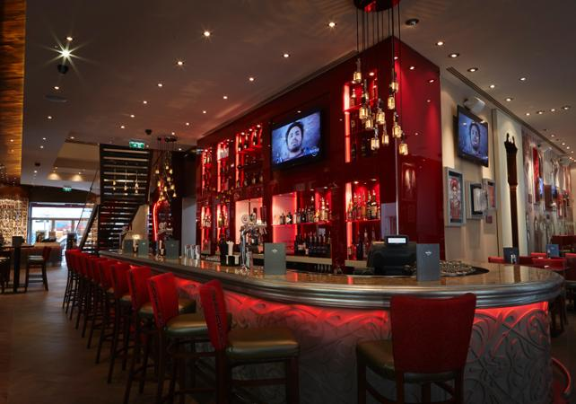 Accès prioritaire au Hard Rock Cafe de Vienne - Menu 3 plats image 4