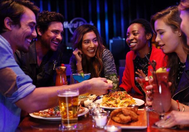 Accès prioritaire au Hard Rock Cafe de Vienne - Menu 3 plats image 1