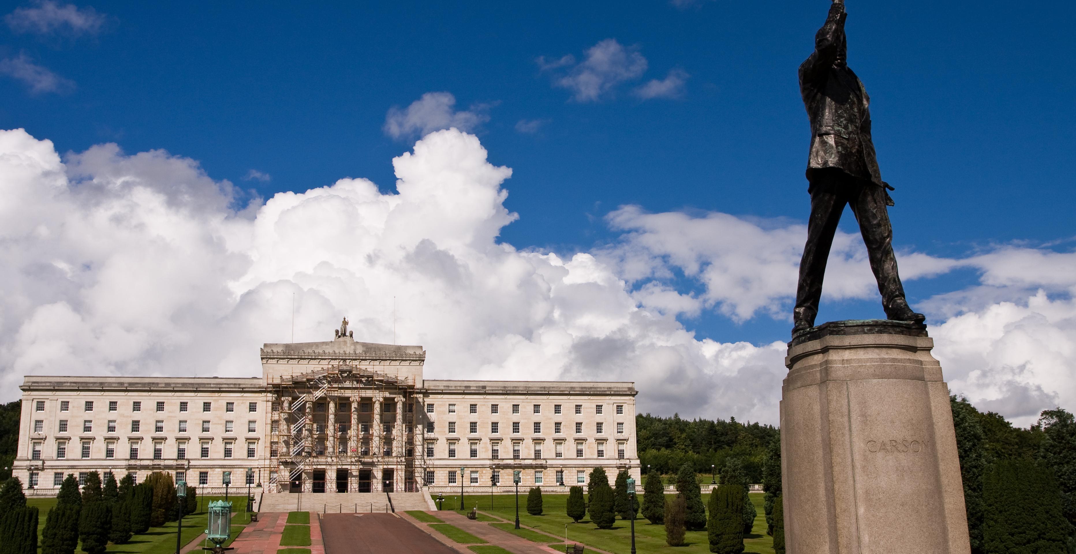 ,Excursión a Belfast,Con visita a La Calzada de los Gigantes