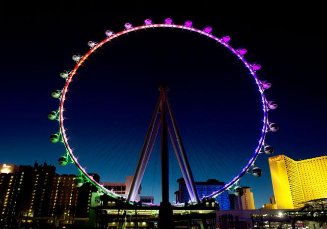Photo Visite guidée en français de Las Vegas en véhicule privé et à pied et tour de Grande roue