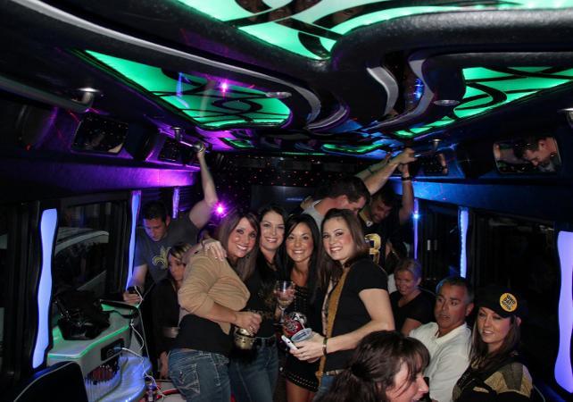 Las Vegas Gay Clubs: 10Best Gay Bars