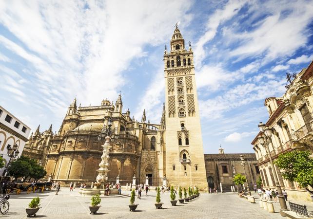 Visite de Séville en minibus et bateau, et visite guidée de Santa Cruz - Séville -