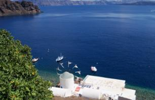 Cruise in the Archipelago of Santorini & Sunset in Oia