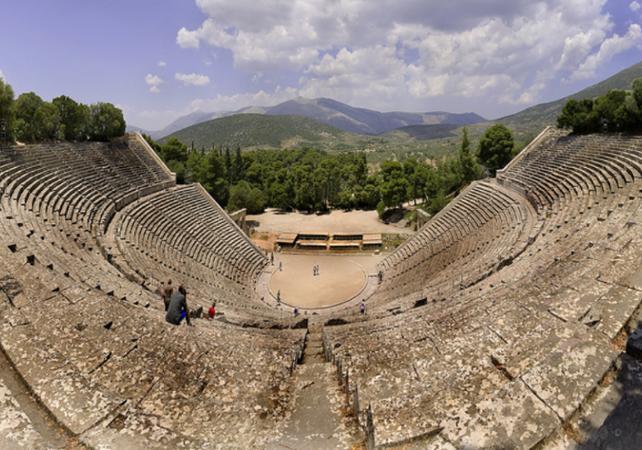 Salir de la ciudad,Excursions,Excursión a Micenas,Excursion to Mycenae,Excursión a Epidauro,Excursion to Epidaurus