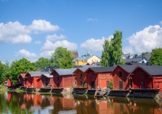Photo Visite guidée à pied de Porvoo avec déjeuner traditionnel finnois