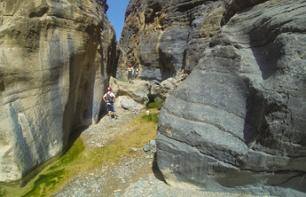 Private Excursion in the Wadei Bani Awf and Hike to the Snake Canyon – Leaving from Muscat