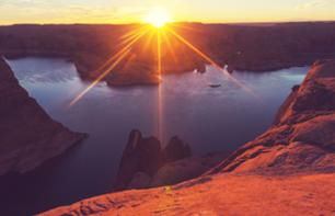 Panoramic cruise at Lake Powell: Gunsight Bay - Page