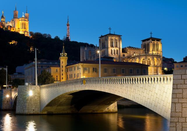 Photo Lyon by night : visite à vélo électrique et dégustation