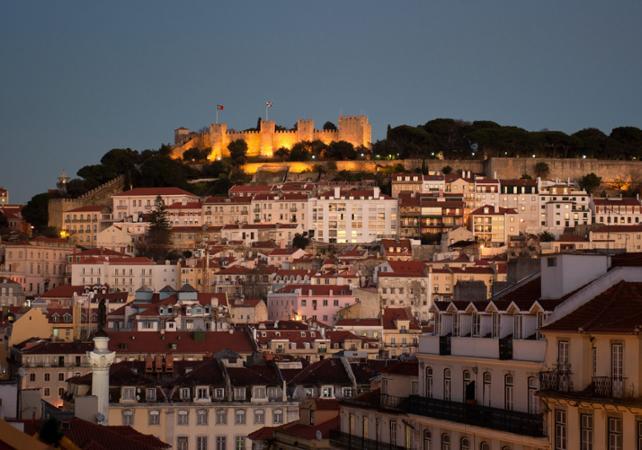 Visite de Lisbonne by night, dîner et spectacle de Fado - départ hôtel - Lisbonne -