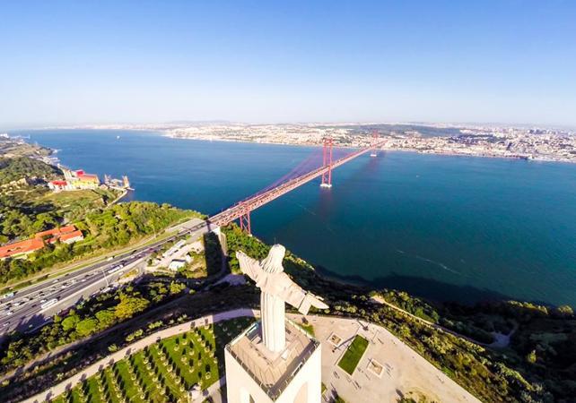 Visite guidée de Sesimbra et Arrábida, et dégustation de vin - au départ de Lisbonne - Lisbonne -