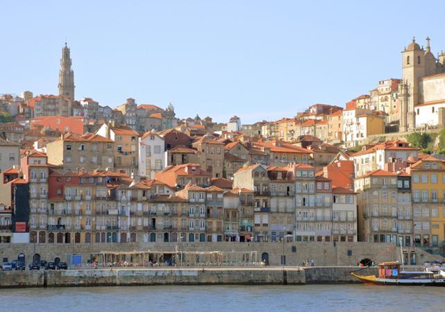 Photo Visite guidée de Porto en bus et dégustation de vin