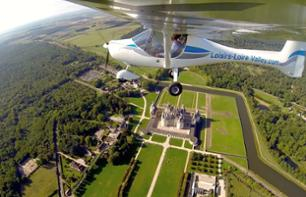 Introduction to Ultralight Aviation above the Chambord or the Chenonceau