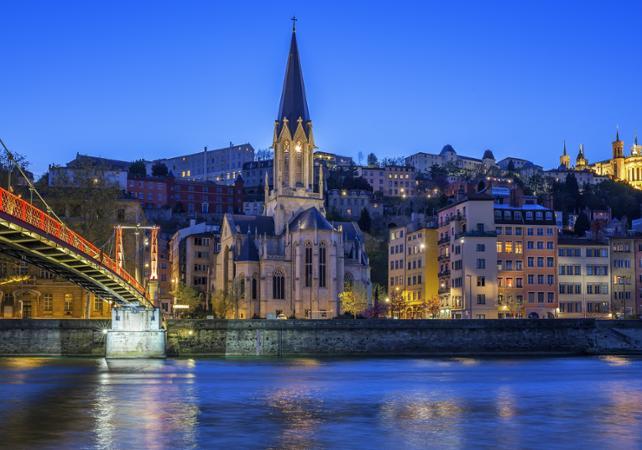 Tour privé de Lyon : Visite guidée de la ville et Dîner gastronomique chez Paul Bocuse - Lyon -