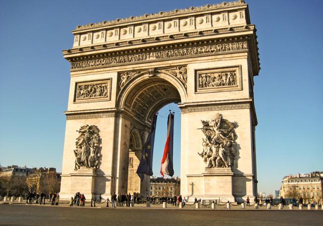 Promenade guidée dans les jardins des Champs-Elysées - Paris - Ceetiz