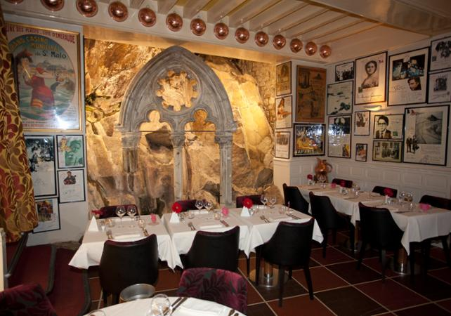 Restaurants la m re poulard group dinner or lunch at la m re poulard in the heart of the mont - Restaurant la mere poulard ...