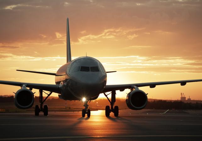 Transfert en navette depuis l'aéroport Roland-Garros vers les principales villes de La Réunion - La Réunion et ses sites touristiques -