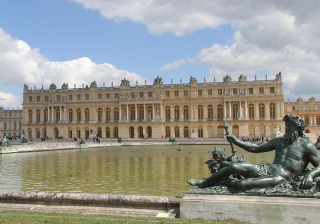 Meurtres et mystères au Château de Versailles au départ de Paris – Visite guidée en Anglais - Paris -