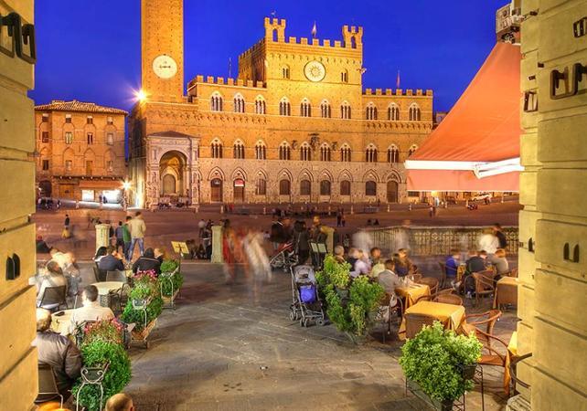 Tour nocturne de Sienne en mini-van et dîner sur la « piazza del Campo » - Sienne -