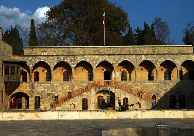 Visite du centre historique de Beyrouth, du palais de Beiteddine et du village chrétien de Deir El Kamar