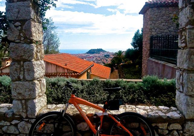 Photo Visite guidée à la découverte des 7 collines niçoises en vélo électrique