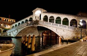 Flavours, Fables and Phantoms: Guided walking tour  of Venice