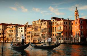 Romantic Evening - Dinner and Gondola Ride with Music - Venice